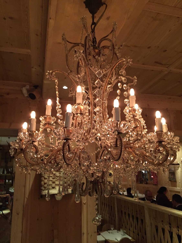 Lampadario antico in cristallo di bohemia 18 luci   ghilli ...