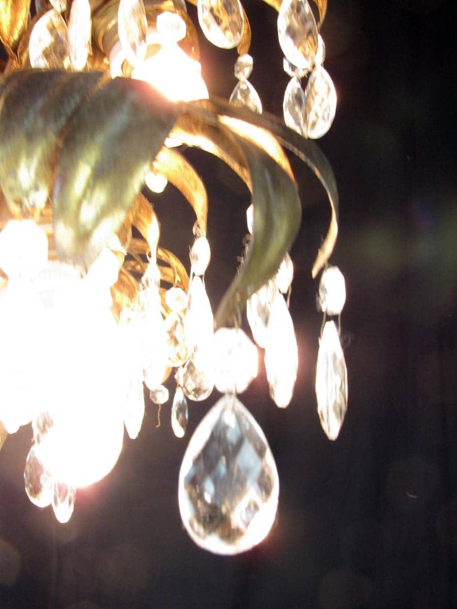 Lampadario 6 luci tralcio in ferro dorato e cristalli - Ghilli ...