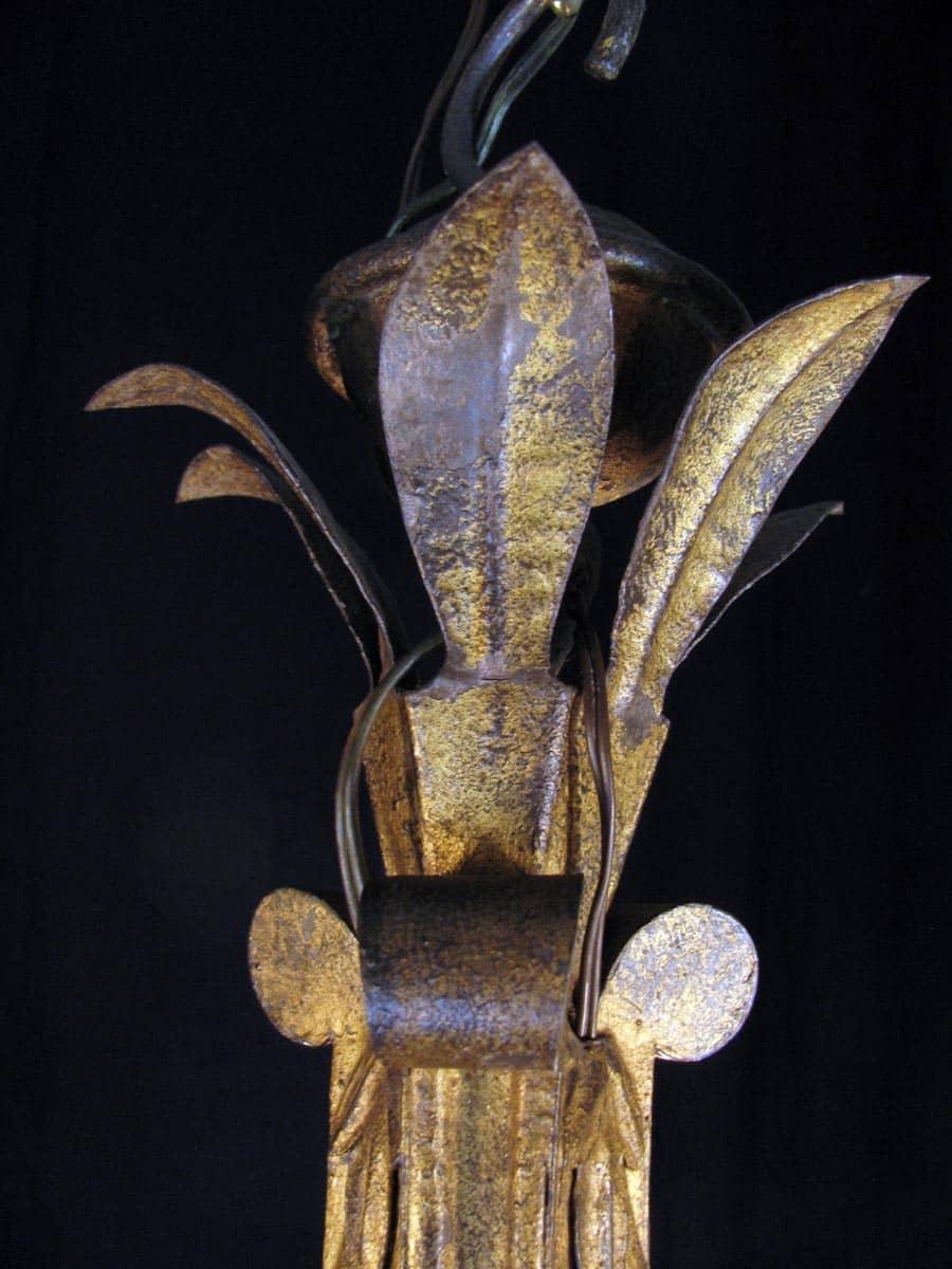 Lampadario luigi xv in ferro dorato