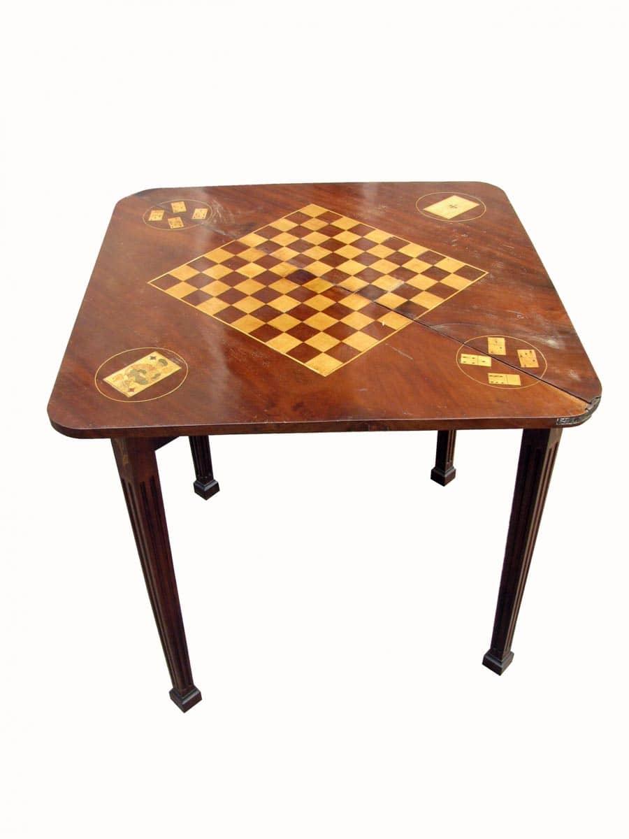 Tavolo da gioco angolare ghilli antiquariato a milano - Domino gioco da tavolo ...