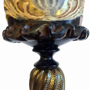 Calice in vetro di Murano con putto