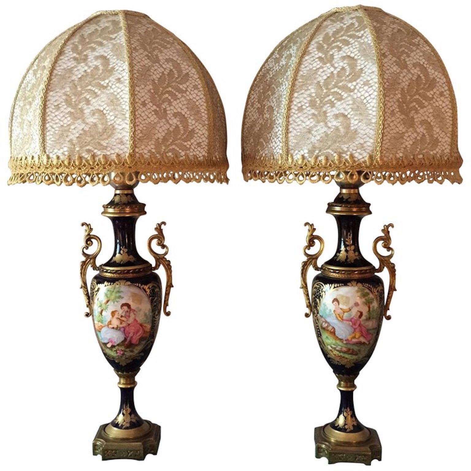 coppia di lampade in porcellana stile francese