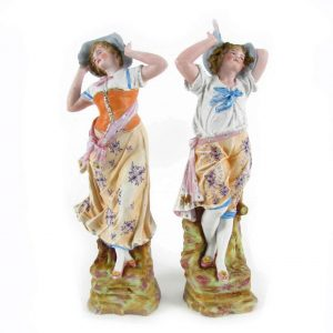coppia sculture antiche porcellana biscuit