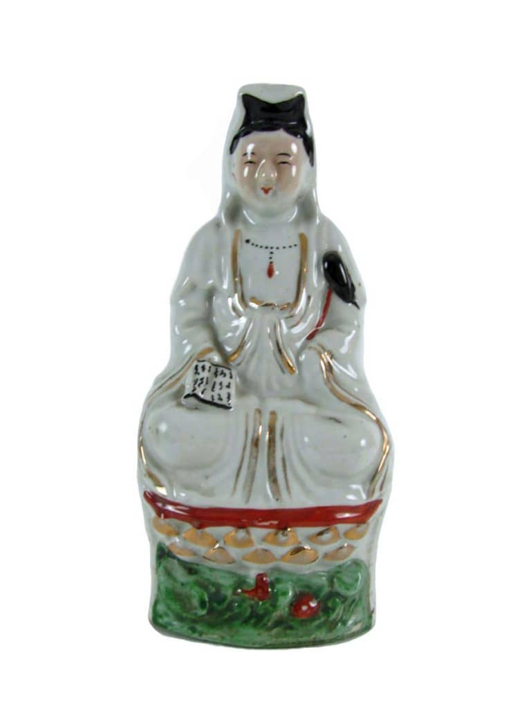 Figura di donna in porcellana