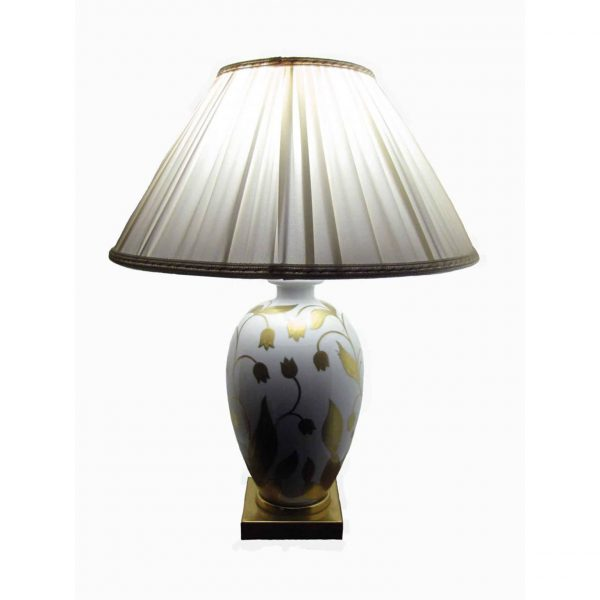 White porcelain table lamp