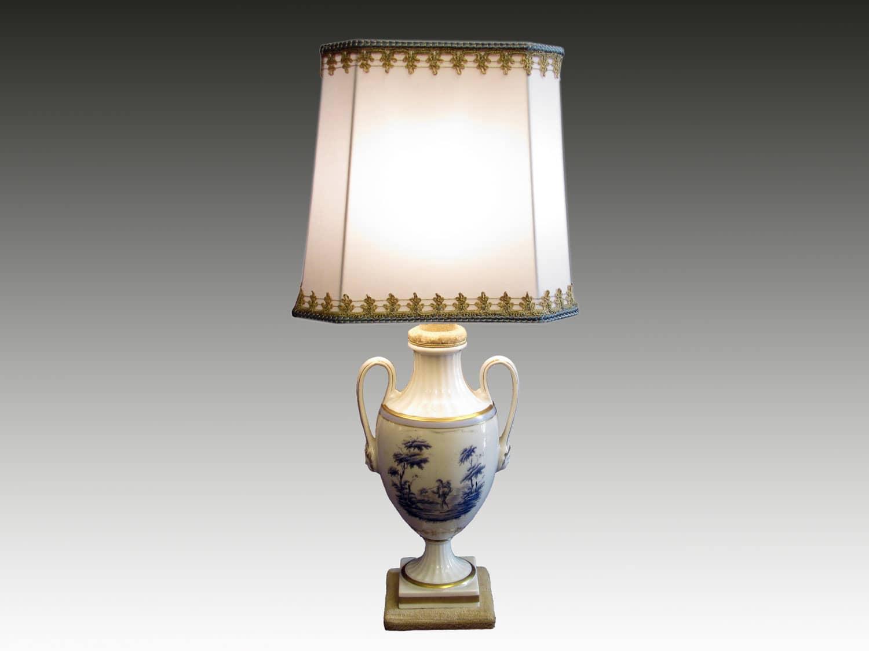 Lampada da tavolo abat jour con decorazione