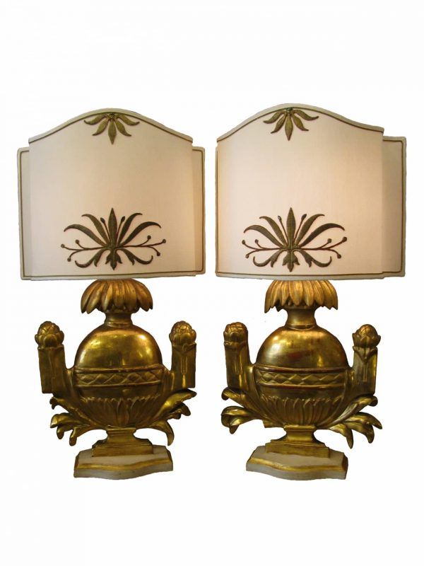 Pair of Italian Carved Giltwood Table Lamps, Portapalme Vases of 18th Century