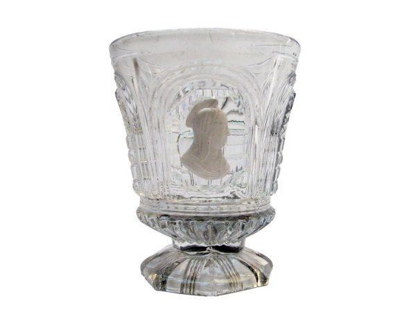 Bicchiere in cristallo con profilo di santa