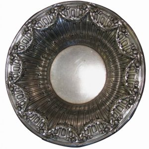 centrotavola-in-silver-plated-sbalzato-3704