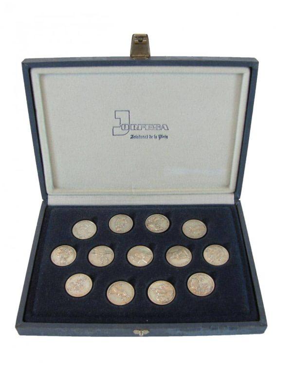 Confezione di 13 monete in argento