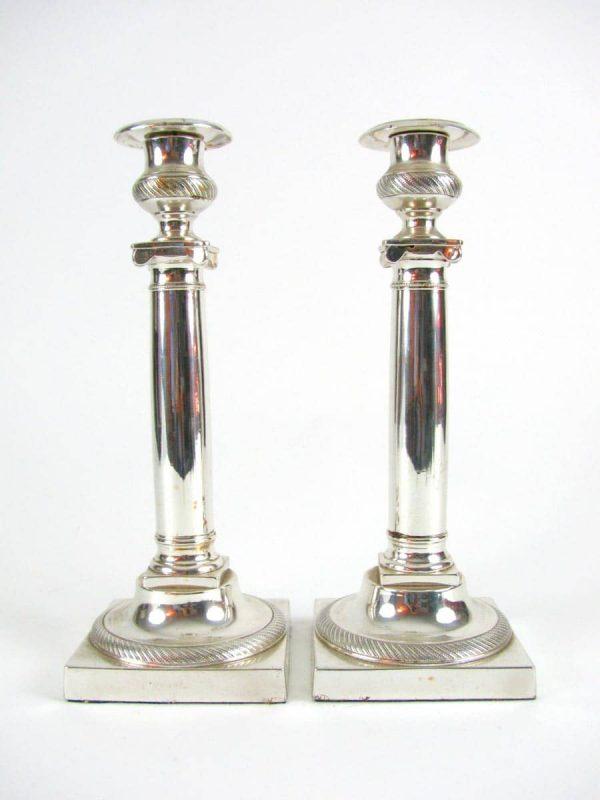 Coppia di Candelieri in Metallo Argentato