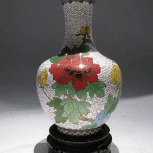 coppia-vasi-cloisonne-fondo-bianco-decoro-floreale-2333