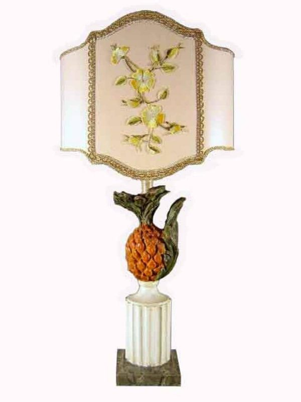 Painted and carved wooden table lamp around 1960s