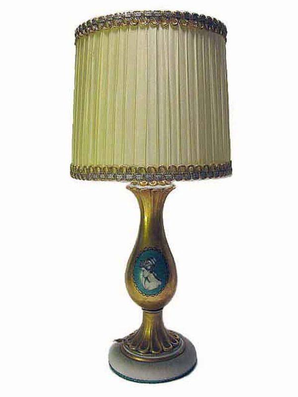 Gilt Porcelain taable lamp.