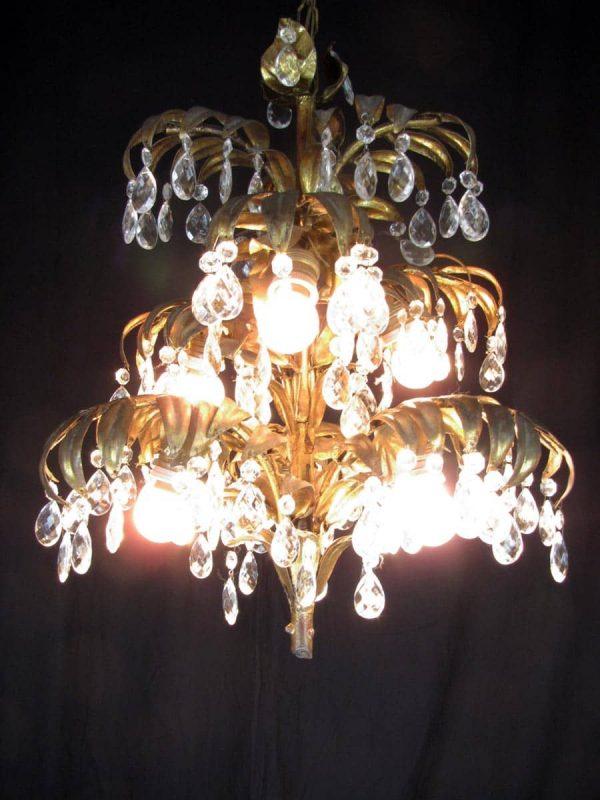 Lampadario 6 luci  tralcio in ferro dorato e cristalli