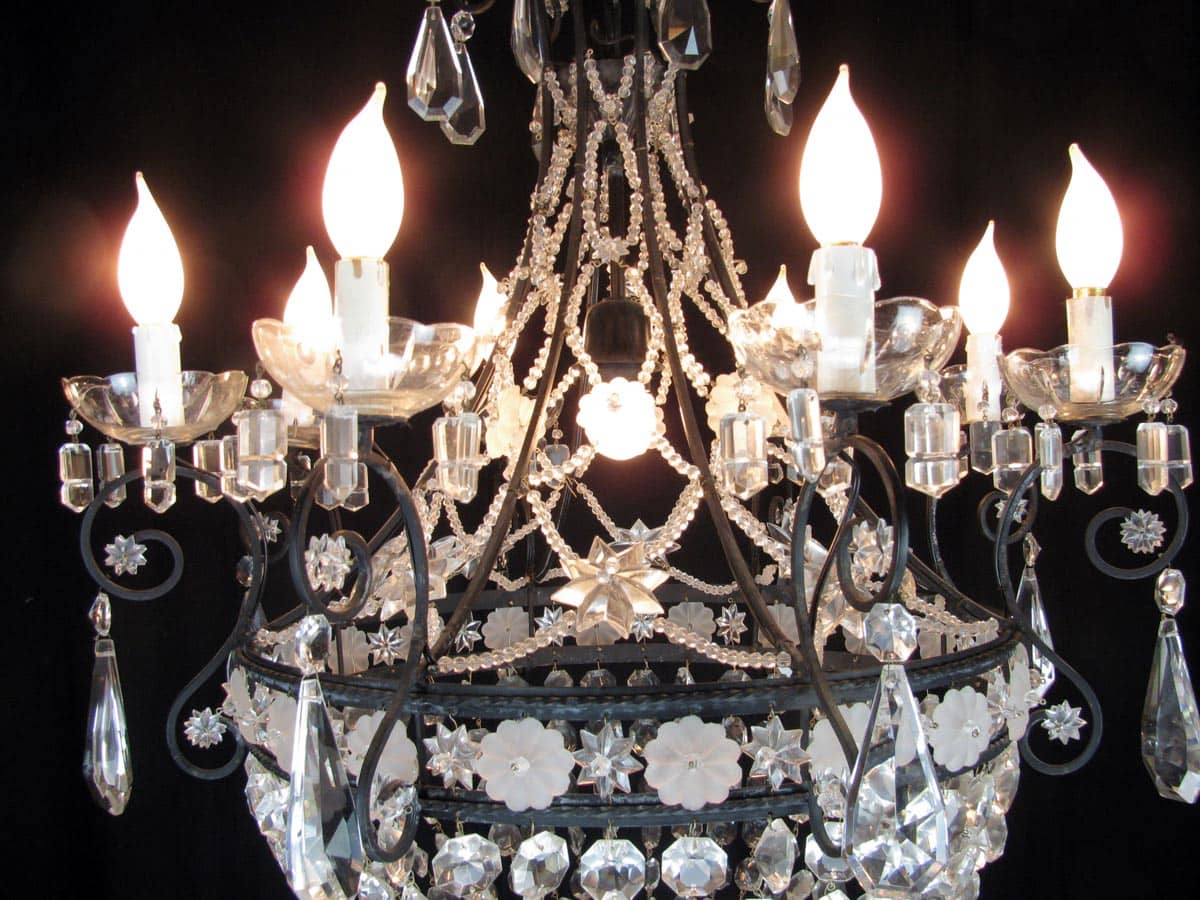 Lampadario Antico A Gocce : Lampadario in ferro e cristallo xx secolo
