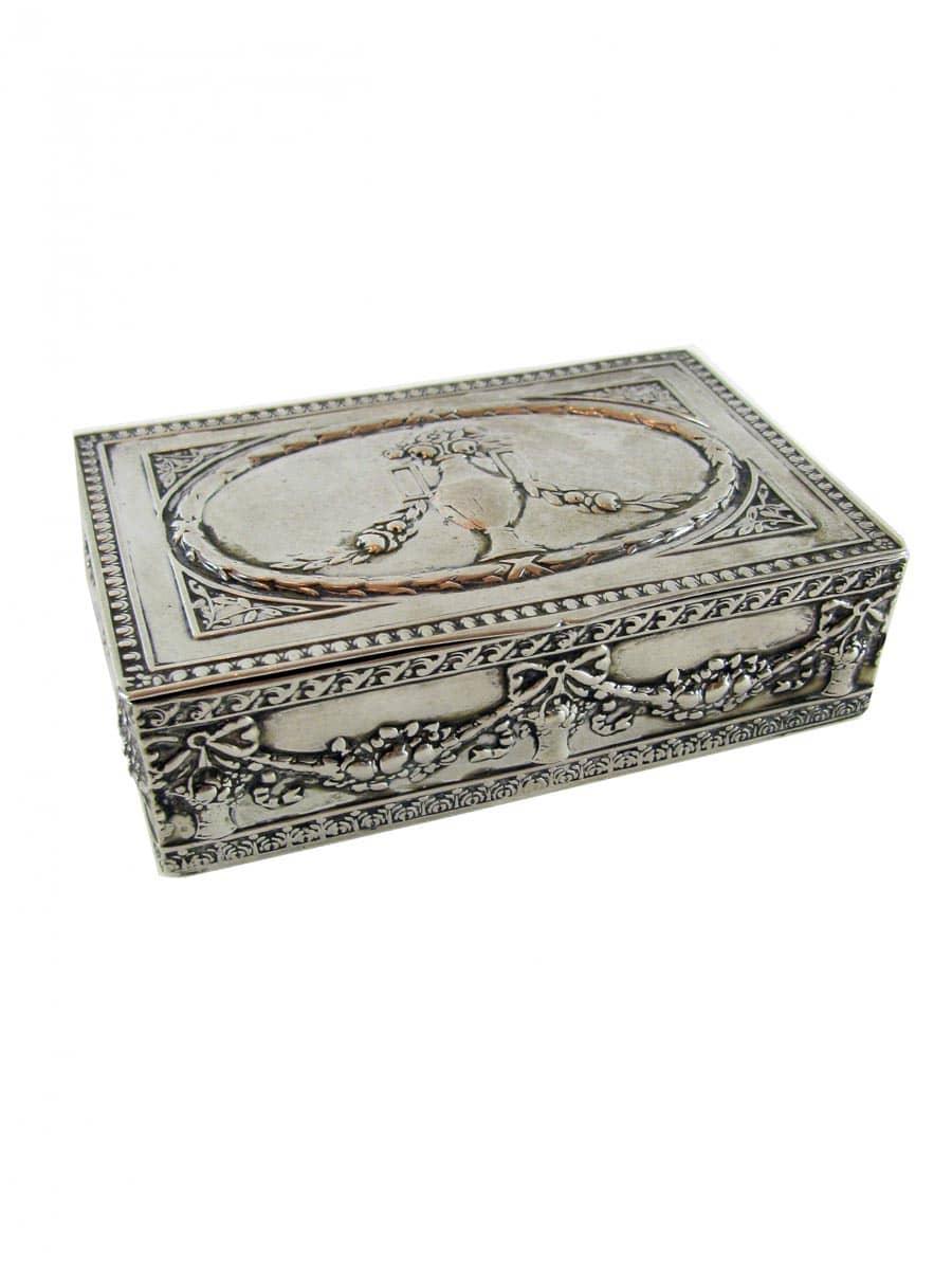 Scatola antica in argento luigi xvi ghilli antiquariato for Regalo tavolo milano