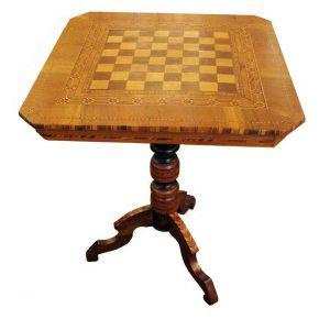 tavolo-da-gioco-intarsiato-con-scacchiera-3211