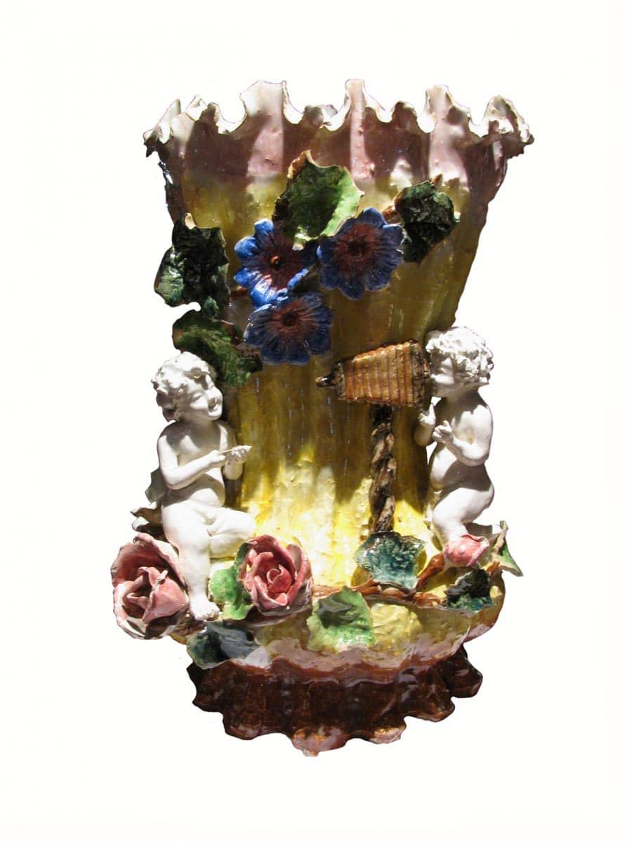 Vaso da fiori liberty in terraglia con ricche decorazioni for Fiori da vaso