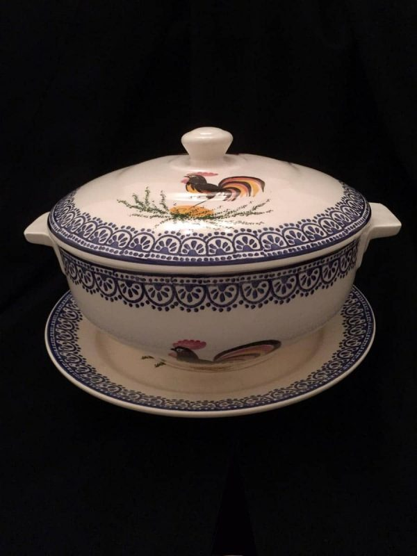 Early 20th century Italian Mondov Tureen with lid and plate