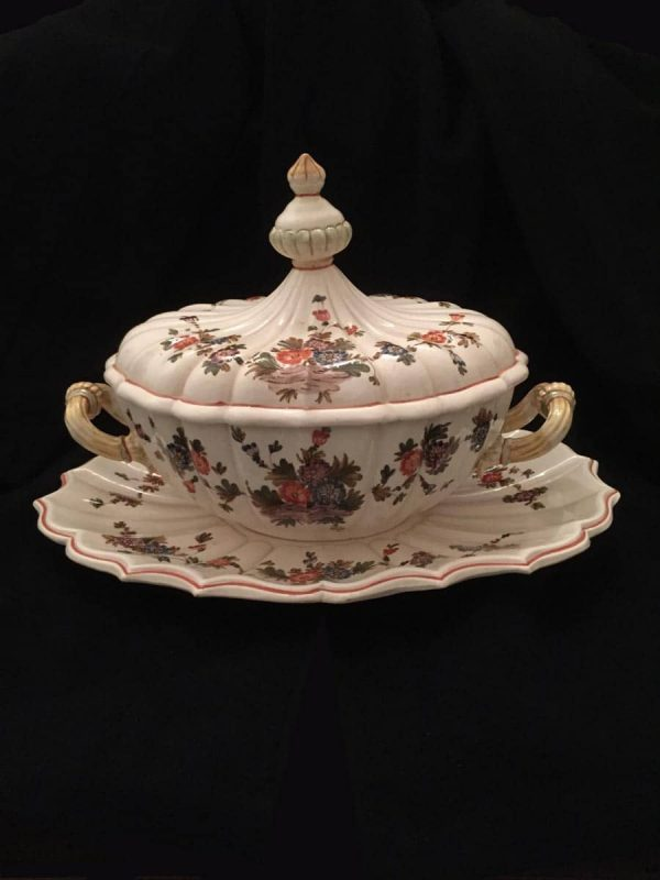 1960's Venetian Tasca Ceramic Tureen with Lid and Plate