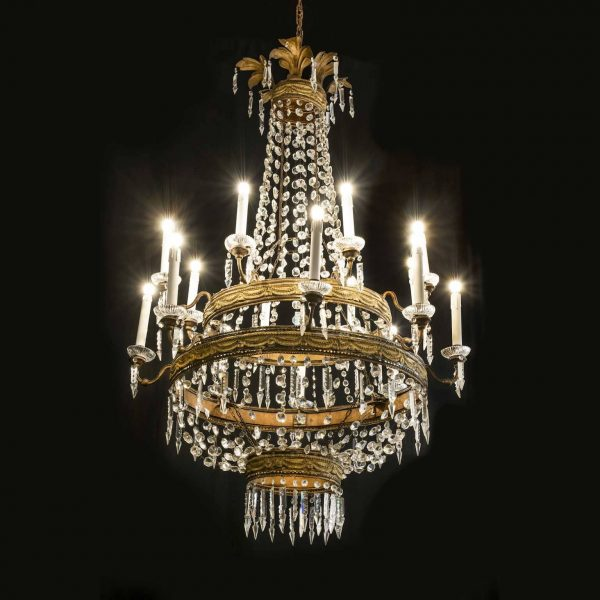 Large 18th Century Tuscan Empire Sixteen-light Crystal and Gilt Brass Chandelier
