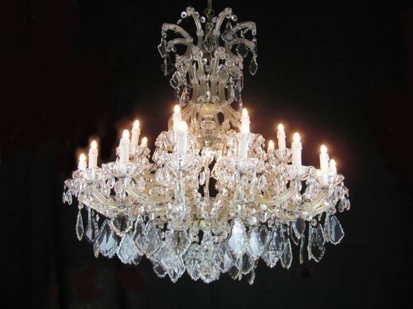 Mid 20th century Large Italian Maria Theresa 24 Light Chandelier