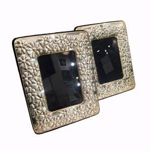 coppia-di-cornici- portafoto in-argento-