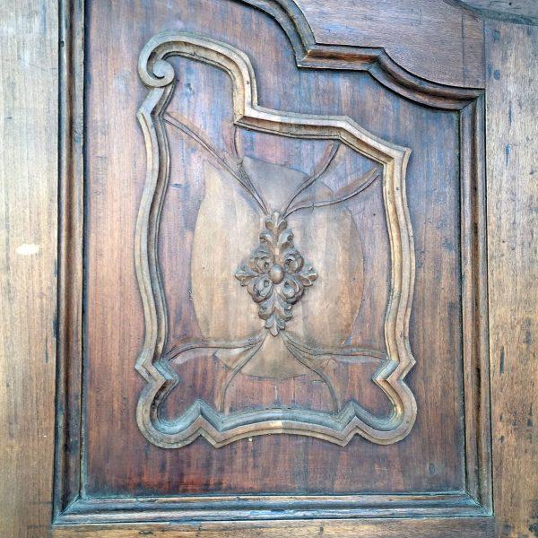 Armadio piemontese a due ante xviii secolo in buono stato for Armadio regalo milano