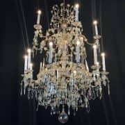 Grande Lampadario Antico in Cristallo 1