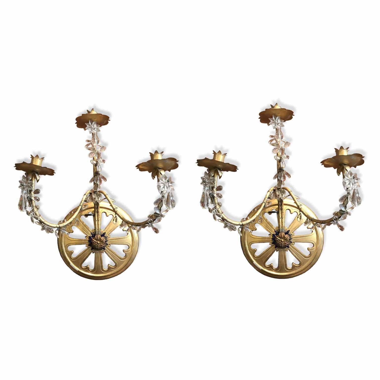 Coppia di applique antiche dorate a 3 fiamme da for Arredamento classico lusso