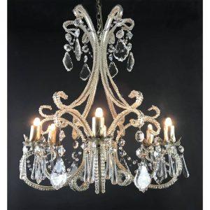 lampadario in cristallo per la sala da pranzo