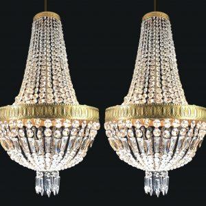 coppia-di-lampadari-in-cristallo