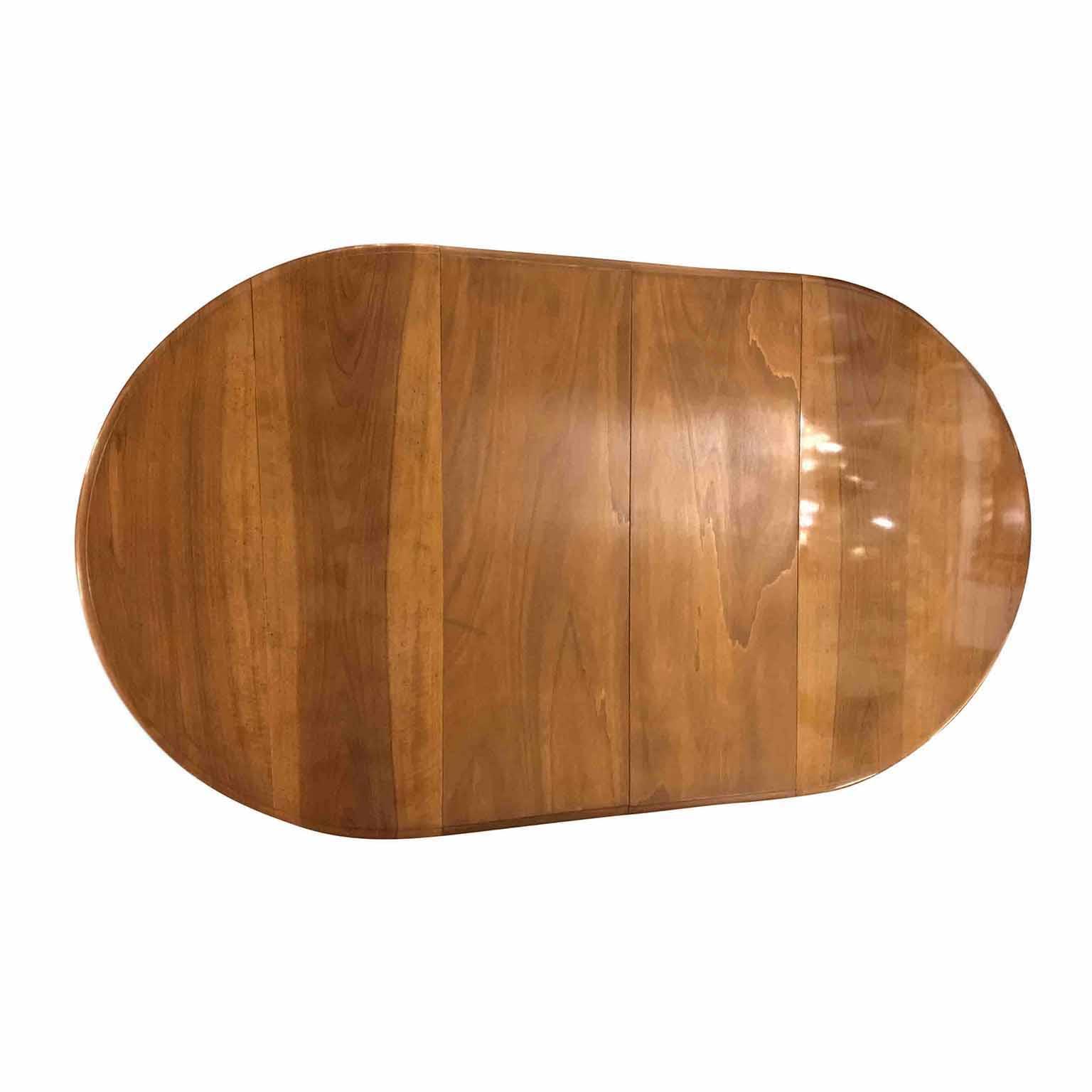 Tavolo Antico Ovale Allungabile in Noce del 1800