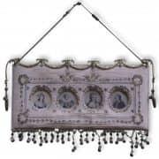 Portaritratti in seta ricamata con Bronzi Dorati del 1800