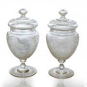 coppia vasi con coperchio in vetro molato a