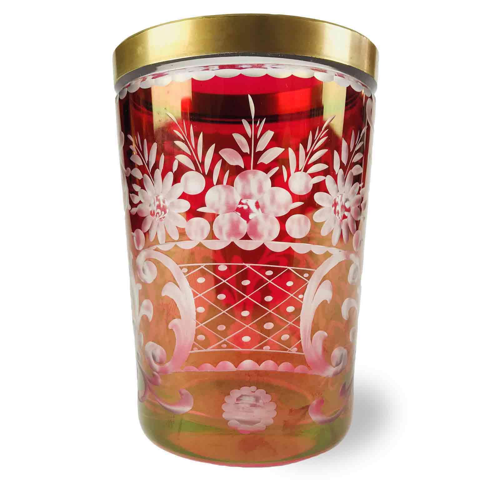 Bicchiere-Boemo-in-Cristallo-Rubino-Molato-con-Bordo-Dorato