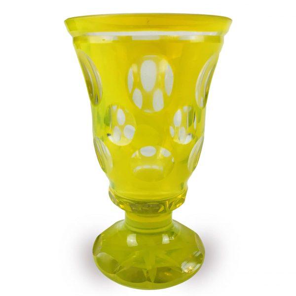 Bicchiere all'Ossido d'Uranio degli Inizi 1900