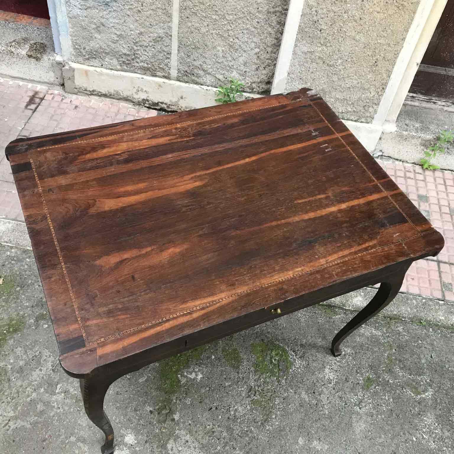Tavolino Salotto Antiquariato.Tavolo Antico Da Salotto Del 1700