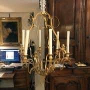 lampadario-francese-dorato-con-cristalli.17