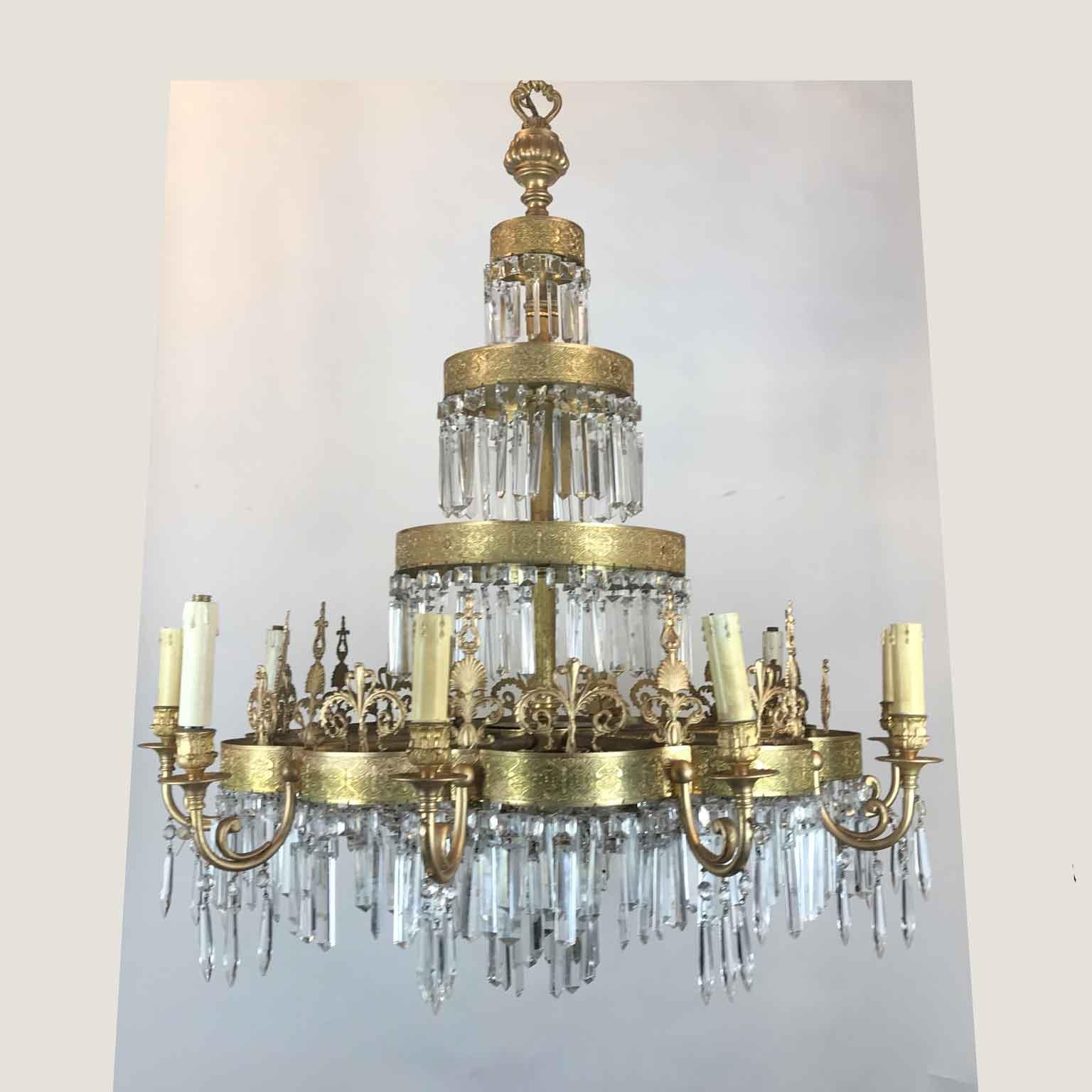 Antico Lampadario Russo in Bronzo Dorato e Cristallo