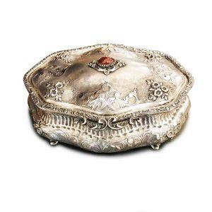 scatola porta gioie in argento