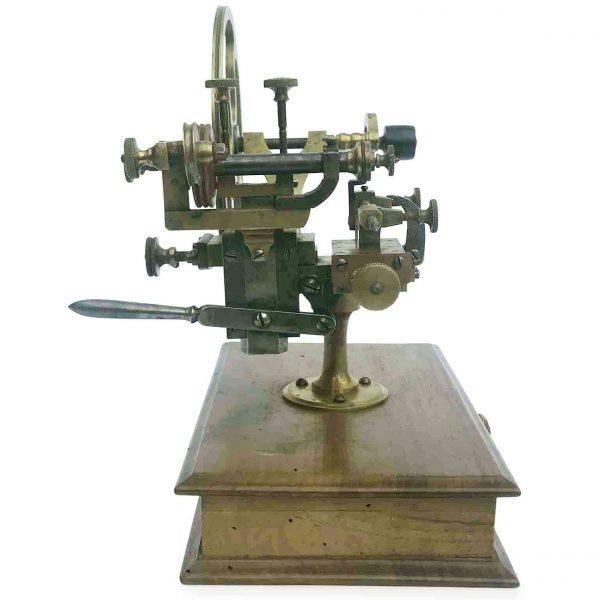 Tornio in ottone per orologiaio del 1800 funzionante for Mobili antichi 1800
