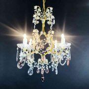lampadario-antico-da-camera-dorato-con-cristalli-f
