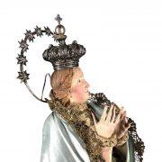 madonna-in-terracotta-con-abiti-ricamati-e-corona-f