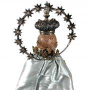 madonna-in-terracotta-con-abiti-ricamati-e-corona-g