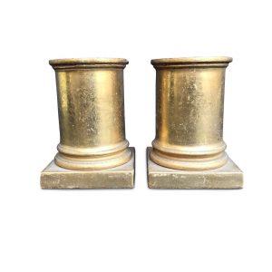 coppia di colonne in legno dorato
