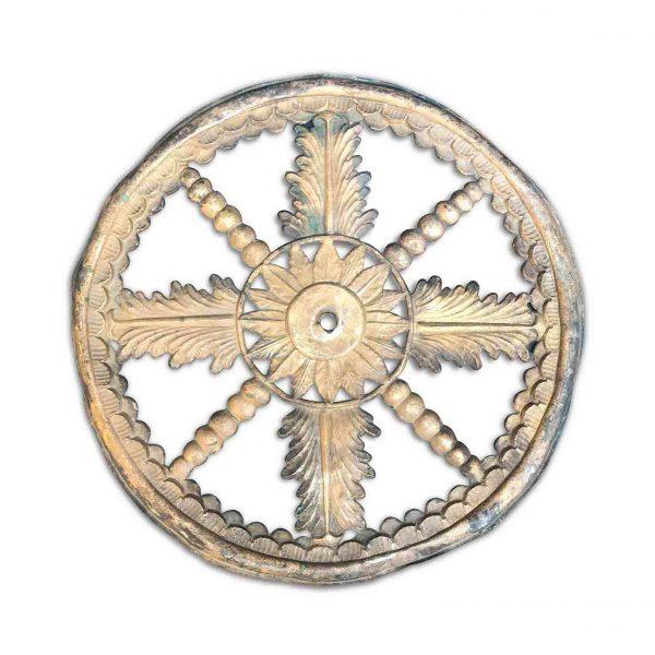 Corona Metallo Sbalzato e Argentato