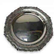 centrotavola vassoio tondo in argento XX secolo b