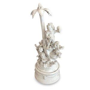 centrotavola con palma e personaggi ceramica d\'este